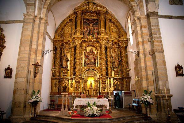 Iglesia San Pedro Apostol de Solorzano retablo