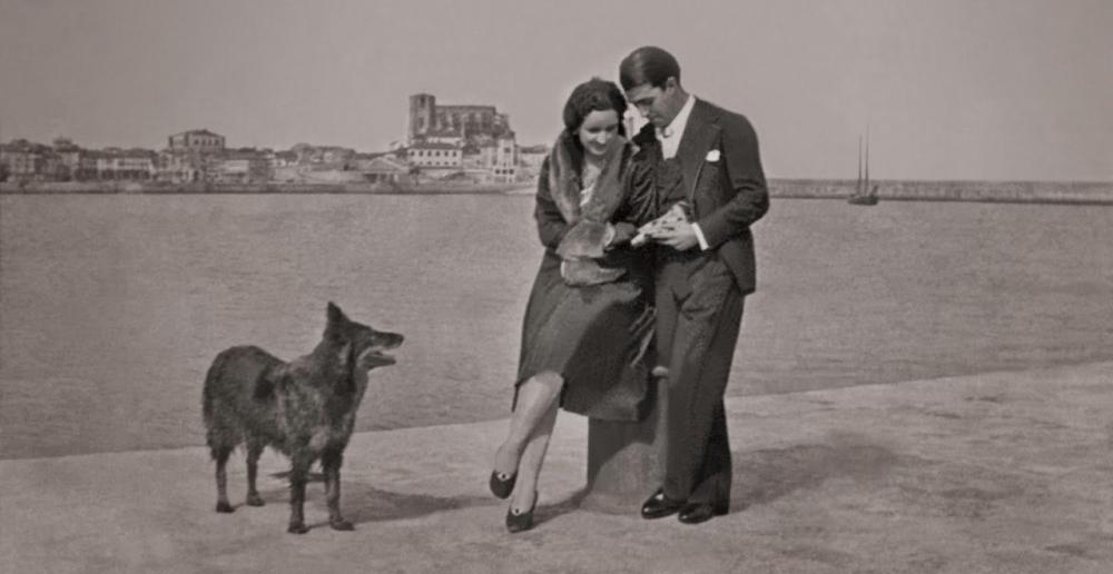 Arturo Dúo Vital con su esposa en Castro Urdiales
